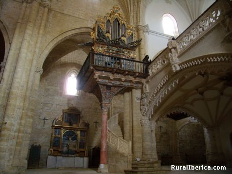 Órgano de San Hipólito. Támara de Campos, Palencia. - Támara de Campos, Palencia, Castilla y León