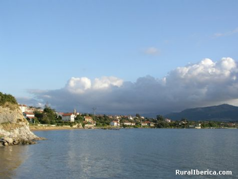 Marea alta. Pedre�a, Cantabria - Pedre�a, Cantabria, Cantabria