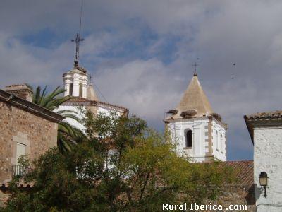 Torres de la Iglesia de San Jorge. Cáceres - Cáceres, Cáceres, Extremadura