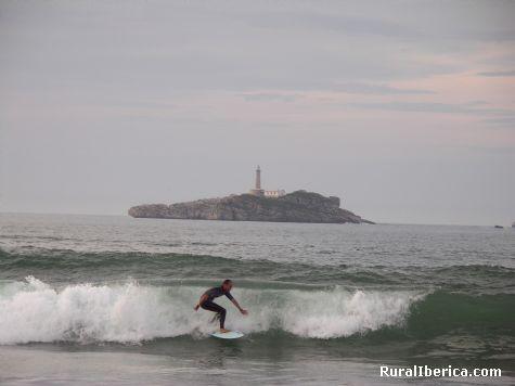 Surfeando. Somo, Cantabria - Somo, Cantabria, Cantabria