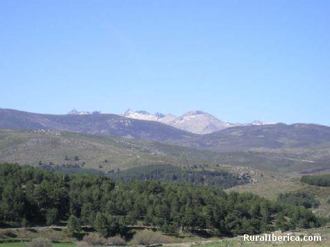 Gredos desde Navarredonda de Gredos, �vila - Navarredonda de Gredos, �vila, Castilla y Le�n