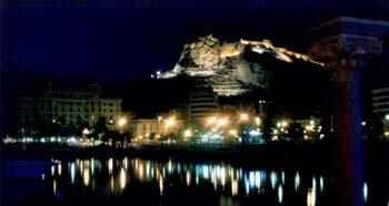 Vista nocturna de Alicante desde el Puerto - alicante, comunidad valenciana