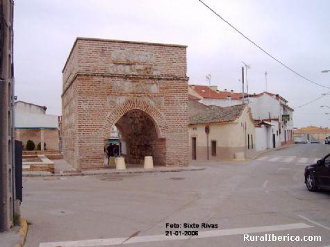 El Arco de Ugena. Illescas, Toledo - Illescas, Toledo, Castilla la Mancha