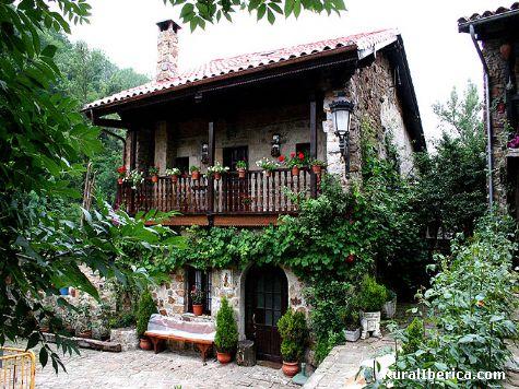 Arquitectura Cantabra. Bárcena Mayor, Cantabria - Bárcena Mayor, Cantabria, Cantabria