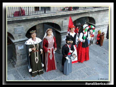 GIGANTES Y CABEZUDOS - ORDU�A, Vizcaya, Pa�s Vasco
