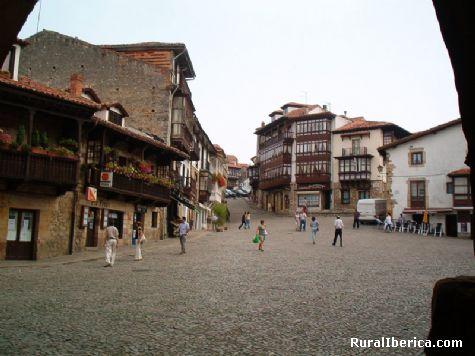 Plaza. Comillas, Cantabria - Comillas, Cantabria, Cantabria