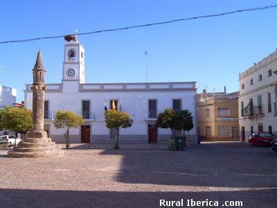 La Plaza y su Rollo. La Cumbre, Cáceres - La Cumbre, Cáceres, Extremadura