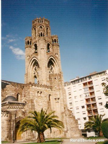 Iglesia de la Vera Cruz-O Carballi�o-Ourense - O Carballi�o, Orense, Galicia