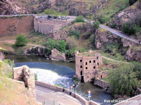 Río Tajo en Toledo - Toledo, Toledo, Castilla la Mancha