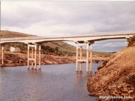 Los puentes del Monte de Ahigal - Ahigal, Cáceres, Extremadura