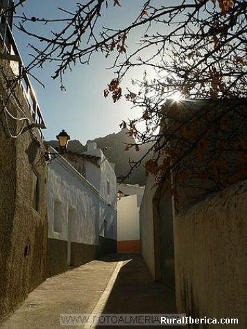 Calle con encanto. Lucacinena de las Torres, Almería - Lucacinena de las Torres, Almería, Andalucía