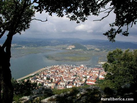 Santoña desde El Buciero. Santoña, Cantabria - Santoña, Cantabria, Cantabria
