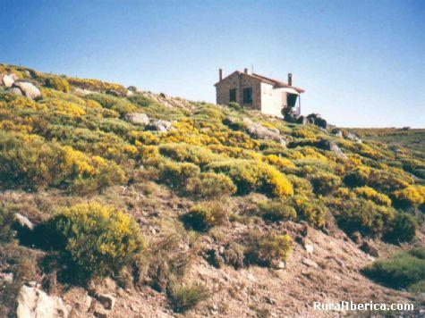 Puerto de Peña Negra en la Sierra de Villafranca (Santiago del Collado) - Santiago del Collado, Ávila, Castilla y León