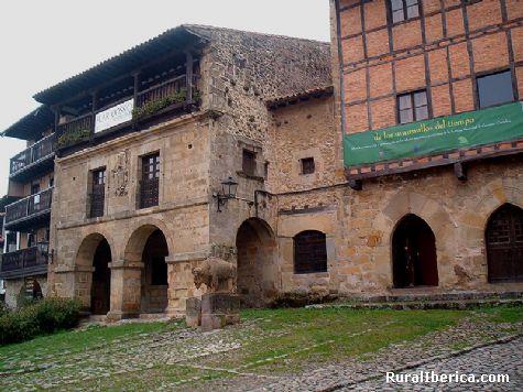 Casas. Santillana del Mar, Cantabria - Santillana del Mar, Cantabria, Cantabria