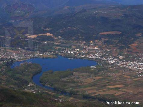 Encoro de sam martiño a rua - a rua, Orense, Galicia