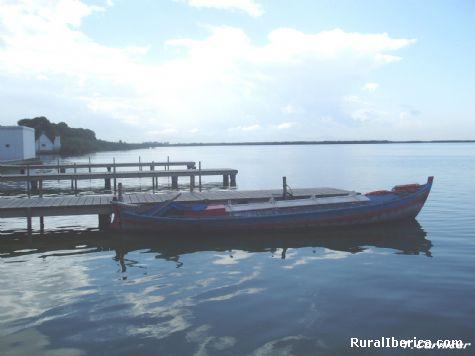 Embarcadero en lago Albufera - La Ca�ada -Paterna, Valencia, Comunidad Valenciana